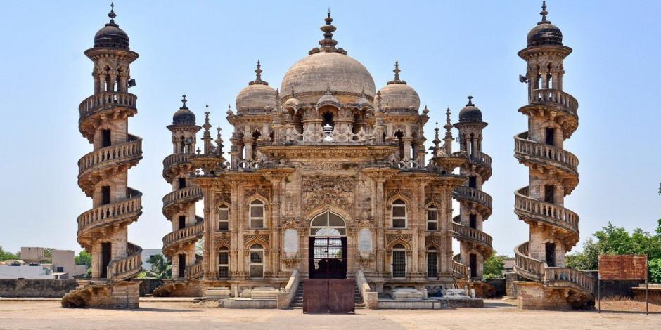 Dünyanın en ilginç mimariye sahip camileri