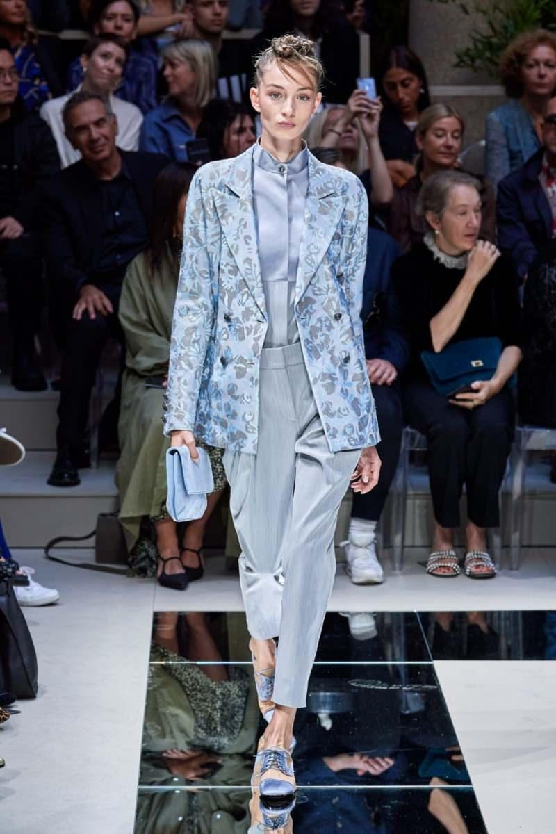 Giorgio Armani'den son trend kıyafetler