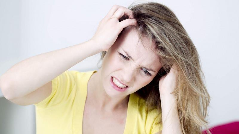 Saç derisi kaşıntısı nasıl geçer? Saç derisinde kaşıntı neden olur