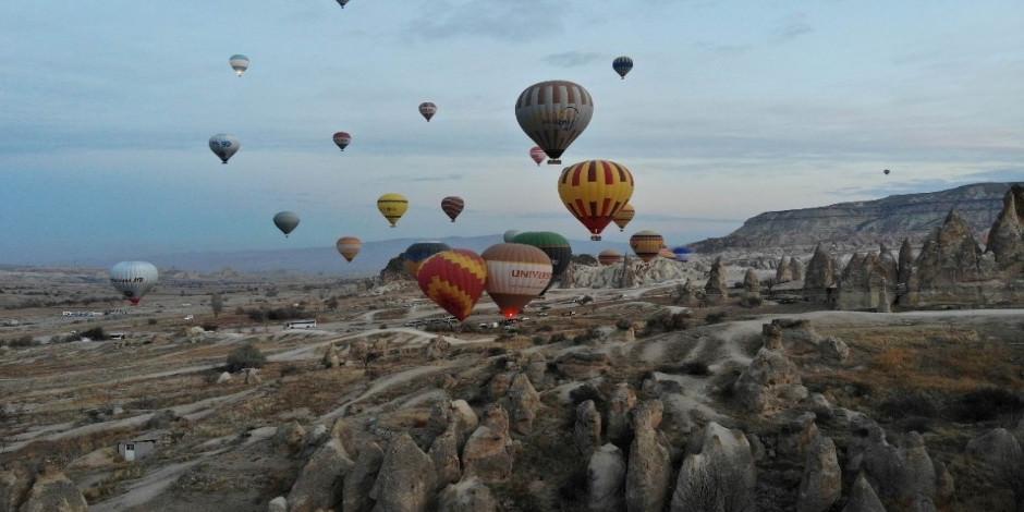 Kapadokya'da sıcak hava balonu turları iptal edildi!