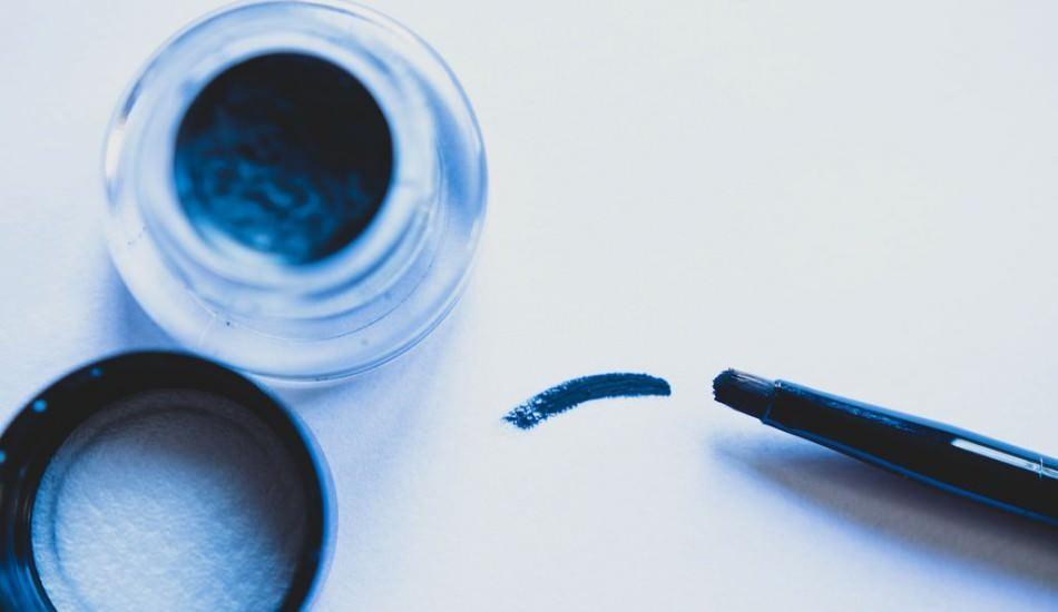 Kurumuş jel eyeliner nasıl kurtarılır? Kuruyan eyelineri geri getirme yöntemi
