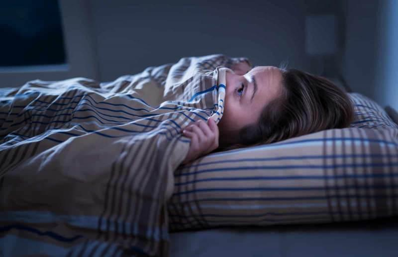 uyku uyumadan önce yaşanan korku uyku felcine neden olur
