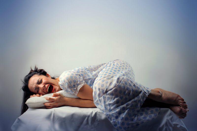 halk arasında karabasan olarak bilinen hastalık uyku felcidir