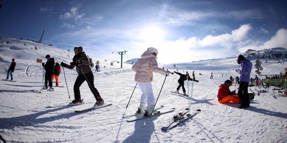 Köroğlu Dağları'nın zirvesindeki kayak merkezi