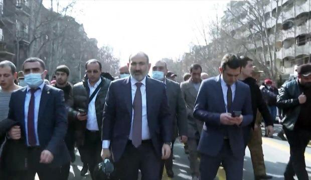 Taha Dağlı: Ermenistan'daki darbe girişiminin şifreleri
