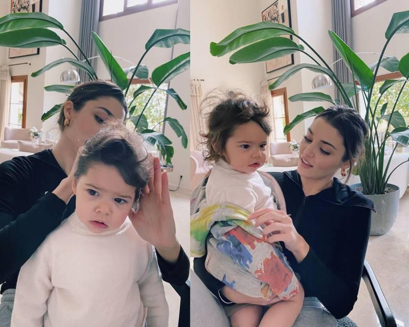 Hande Erçel'in yeğeni ile olan pozları
