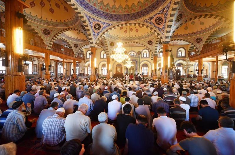 Rüyada camide namaz kılmak