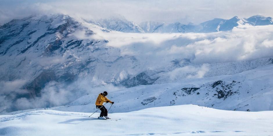 Alp Dağları değil, Hakkari Mergabütan Kayak Merkezi!