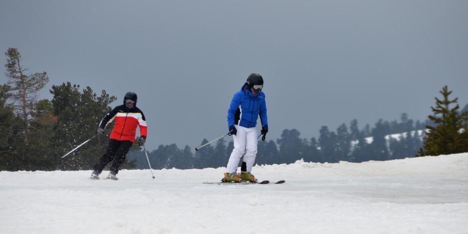 Doğu'da ilkbaharda da kayak keyfi devam ediyor