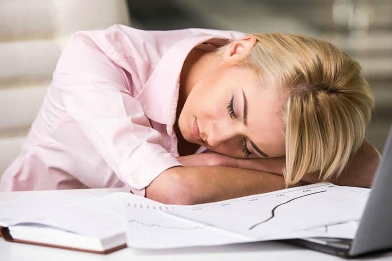oruç süresinde enerjinin düşmesi çalışanları olumsuz etkiler