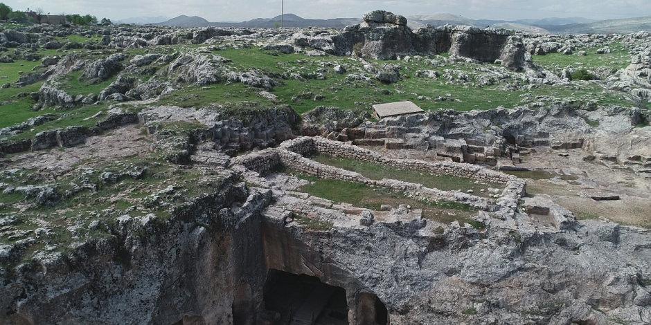 Uygarlık tarihine ışık tutan 12 bin yıllık kazı başlıyor