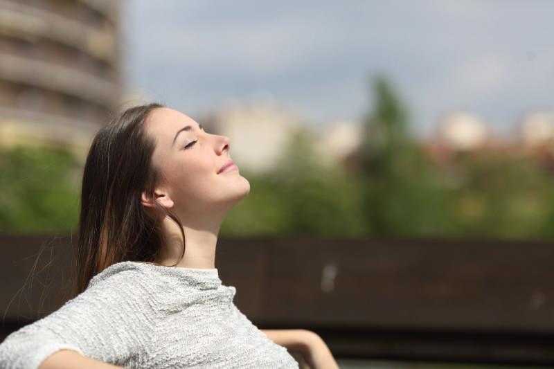 temiz hava almak baş ağrısını azaltır