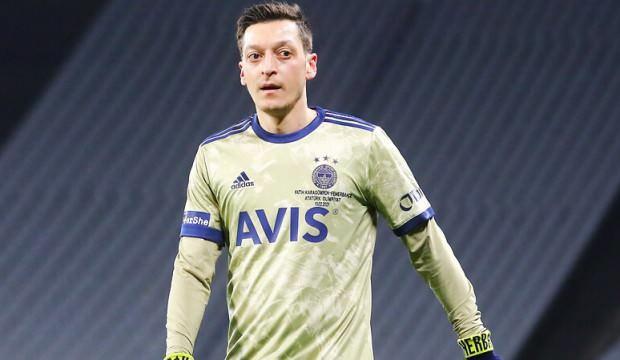 Mesut Özil'den anlamlı yardım