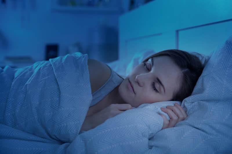 6 saatten az uyumak kilo alımına neden olur