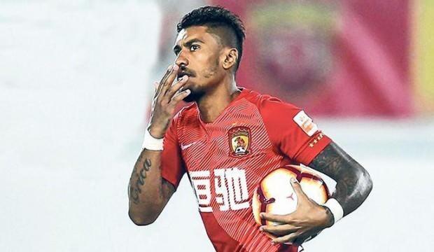 Paulinho transferden vazgeçti!