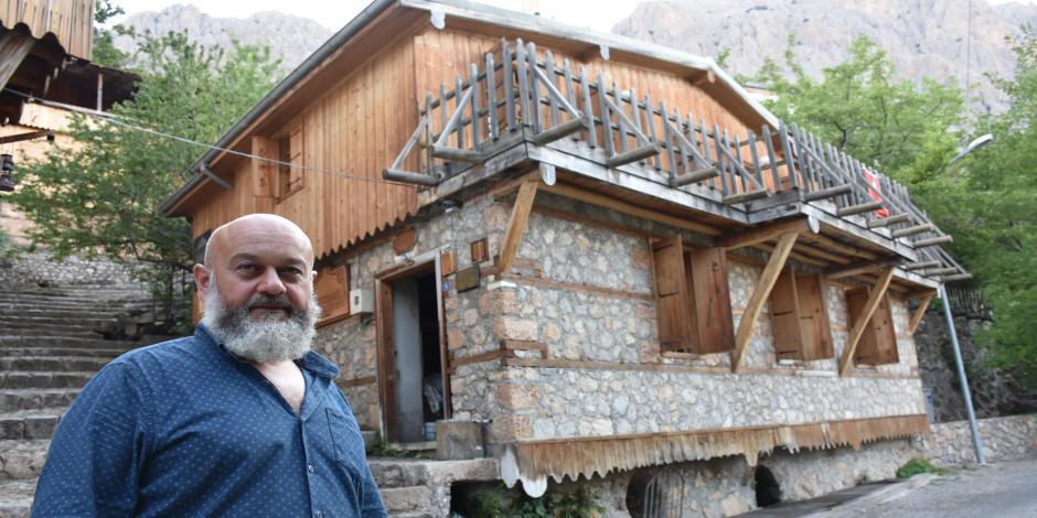 Erzincan'ın ata yadigarı asırlık su değirmenleri