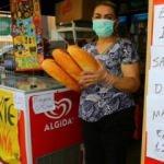 Fırıncıya kızan bakkal ekmeğe 50 kuruş indirim yaptı, 200 tane ekmek satıyor!