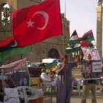 Libya'da Türk bayraklı dayanışma gösterisi
