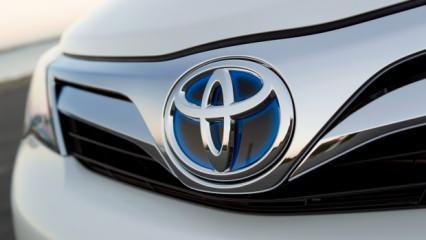 Toyota'dan 2 Modeline Fiyatına 51 Bin TL Zam! 2021 Yaris Corolla RAV4 C-HR Fiyat Listesi