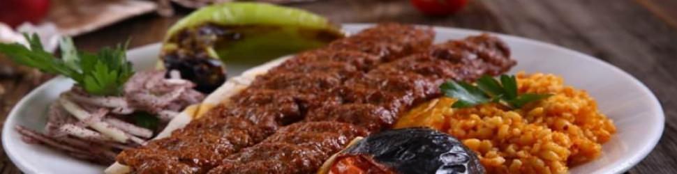 En lezzetli Adana kebap işte böyle yapılır!
