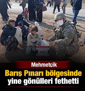 Mehmetçik, Barış Pınarı bölgesinde yine gönülleri fethetti